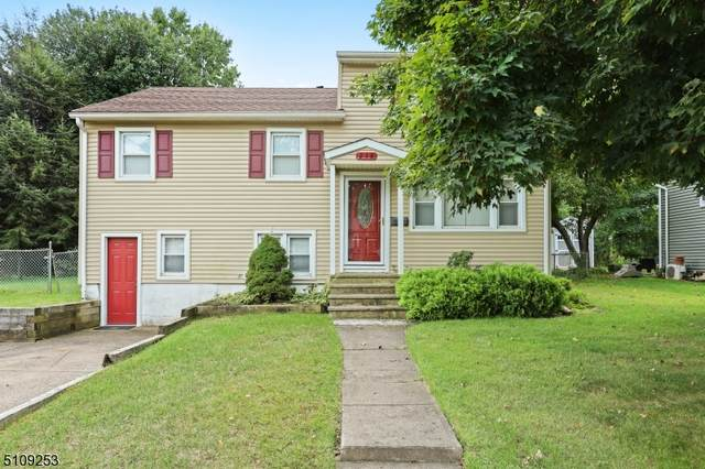 238 Walnut Ave, Pompton Lakes Boro, NJ 07442 (MLS #3746109) :: The Karen W. Peters Group at Coldwell Banker Realty