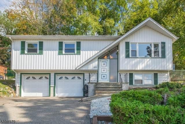 1012 Black Oak Ridge Rd, Wayne Twp., NJ 07470 (MLS #3746110) :: The Karen W. Peters Group at Coldwell Banker Realty