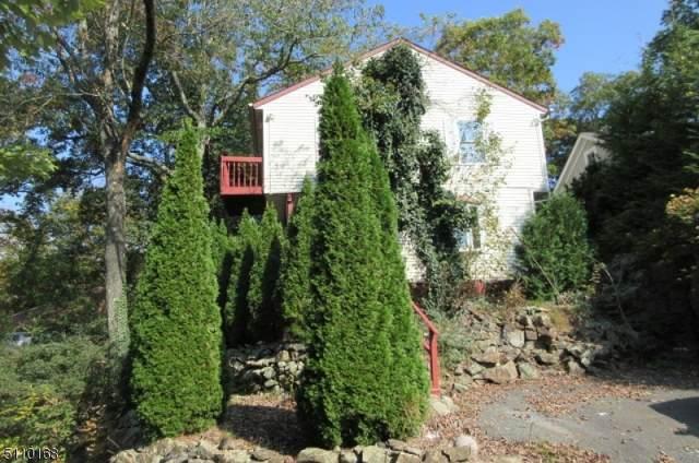 15 Skytop Rd, Hopatcong Boro, NJ 07821 (MLS #3746871) :: Stonybrook Realty