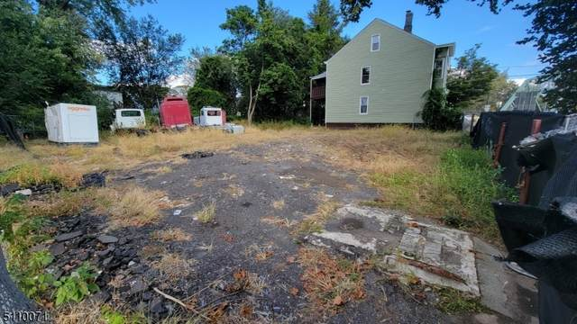 20 N Straight St, Paterson City, NJ 07522 (MLS #3747146) :: SR Real Estate Group