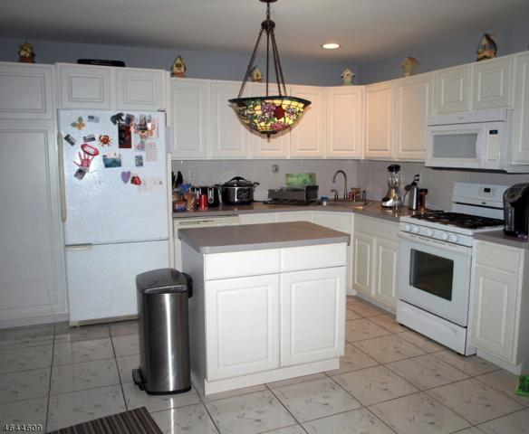 12 Sweetwater Ln, Hardyston Twp., NJ 07419 (MLS #3359644) :: The Dekanski Home Selling Team