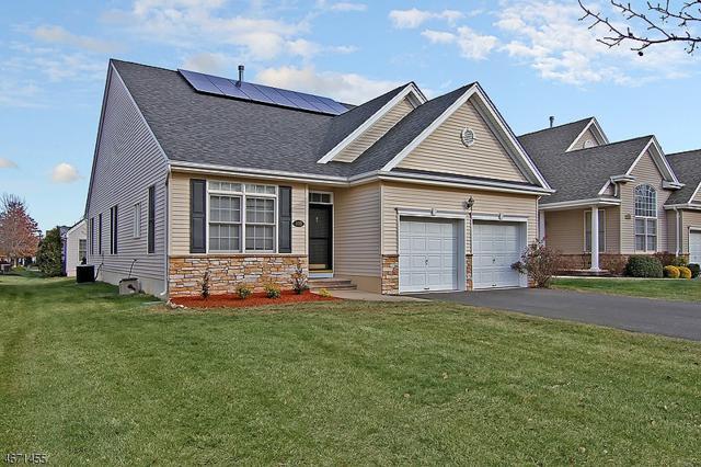 133 Canal Walk Blvd, Franklin Twp., NJ 08873 (MLS #3367669) :: The Dekanski Home Selling Team