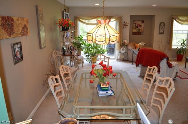 59 Lakeview Dr, Hamburg Boro, NJ 07419 (MLS #3387275) :: The Dekanski Home Selling Team
