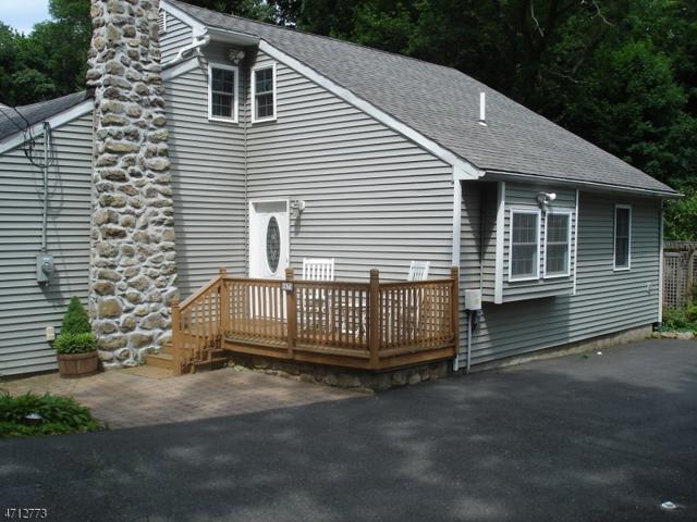 67 Pt. Pleasant Rd., Hopatcong Boro, NJ 07843 (MLS #3387971) :: The Dekanski Home Selling Team