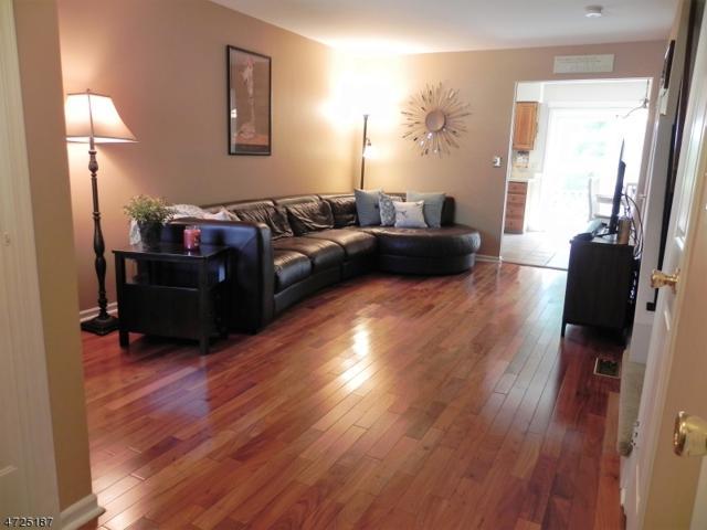 705 Apple Ct, Raritan Twp., NJ 08822 (MLS #3398298) :: The Dekanski Home Selling Team