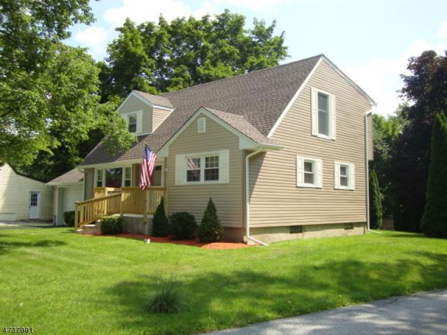 2 Heminover St, Byram Twp., NJ 07874 (MLS #3410323) :: The Dekanski Home Selling Team