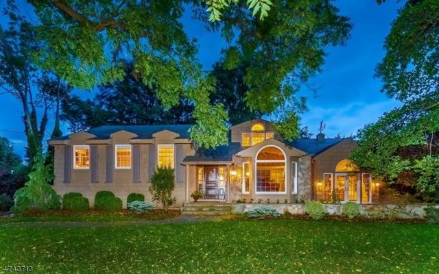 1040 Wychwood Rd, Westfield Town, NJ 07090 (MLS #3415442) :: The Dekanski Home Selling Team