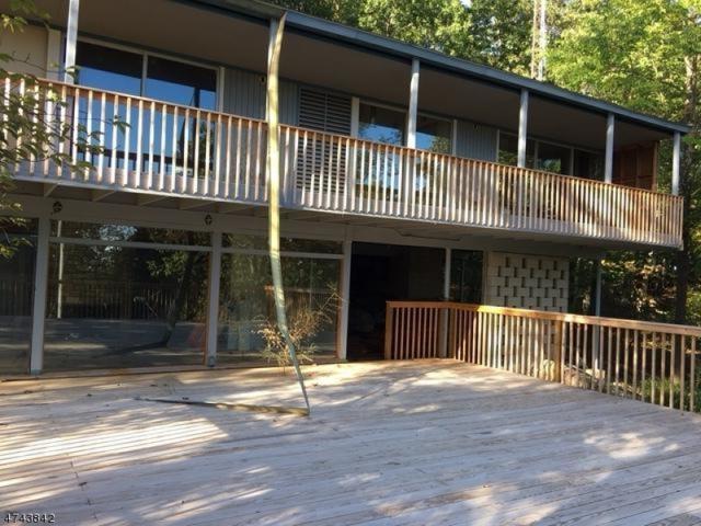 638 Mountain Rd, Kinnelon Boro, NJ 07405 (MLS #3419593) :: The Dekanski Home Selling Team