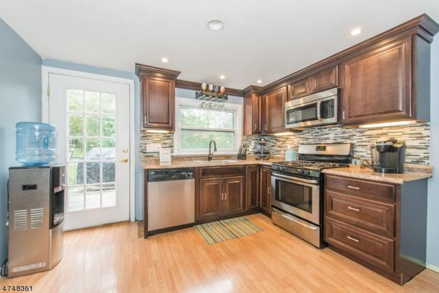 107 Edgewood Ln, Vernon Twp., NJ 07422 (MLS #3419779) :: The Dekanski Home Selling Team