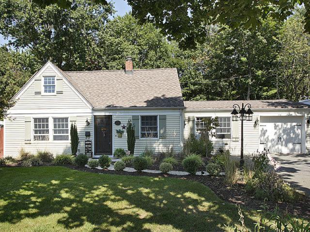 21 Brookside Ave, Pequannock Twp., NJ 07444 (MLS #3421765) :: The Dekanski Home Selling Team