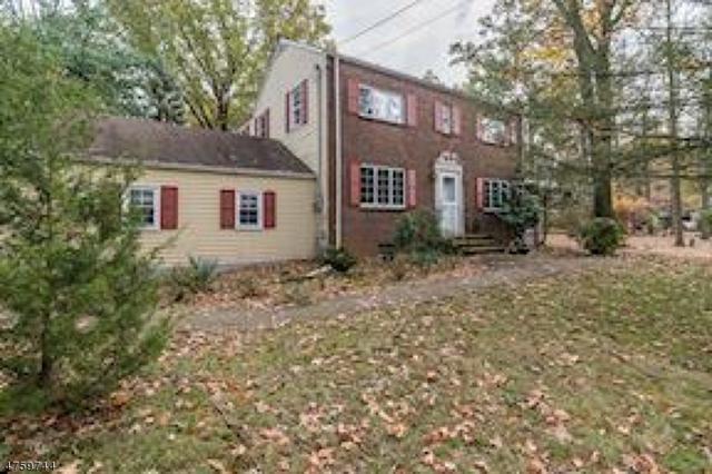 300 Middlesex Ave, Woodbridge Twp., NJ 07067 (#3430386) :: Daunno Realty Services, LLC