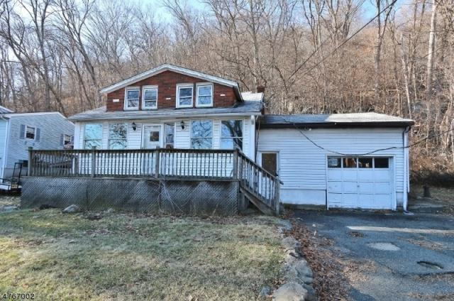123 Lackawanna Dr, Byram Twp., NJ 07874 (MLS #3436974) :: The Sue Adler Team