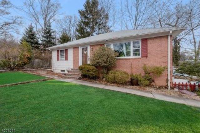 41 Cedar St, Millburn Twp., NJ 07041 (MLS #3445744) :: William Raveis Baer & McIntosh