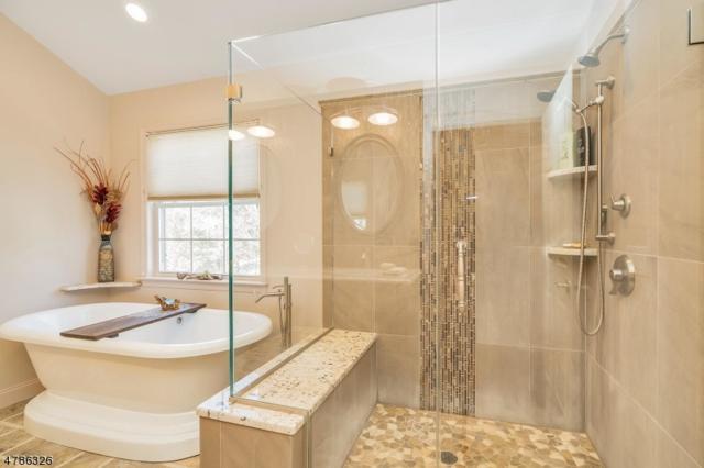 7 Cobblestone Ct, Oakland Boro, NJ 07436 (MLS #3454260) :: SR Real Estate Group