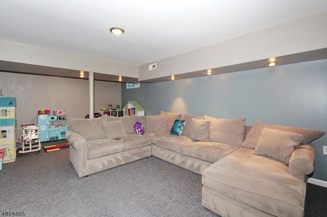 3509 Park Pl, Springfield Twp., NJ 07081 (MLS #3471578) :: Zebaida Group at Keller Williams Realty