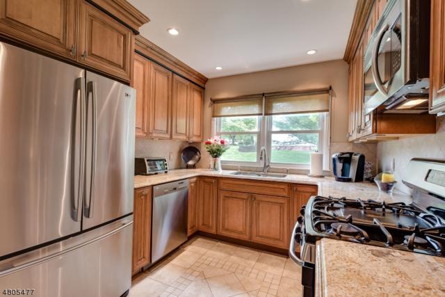 93 Randolph Ave, Randolph Twp., NJ 07869 (MLS #3472338) :: The Douglas Tucker Real Estate Team LLC