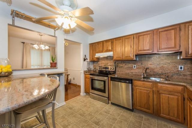 923 Van Houten Ave B6 B6, Clifton City, NJ 07013 (MLS #3500595) :: Pina Nazario