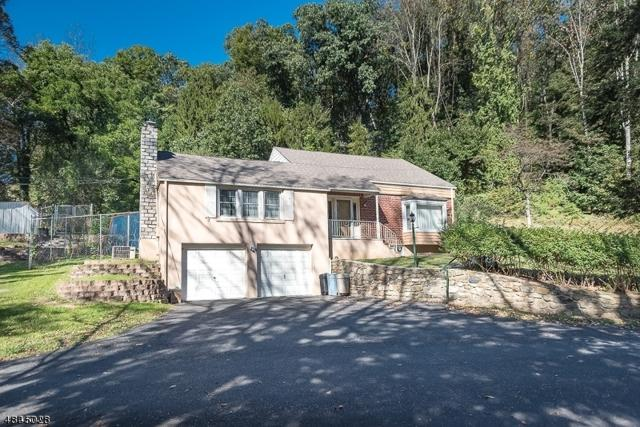 71 Grist Mill Rd, Randolph Twp., NJ 07869 (MLS #3508662) :: The Douglas Tucker Real Estate Team LLC