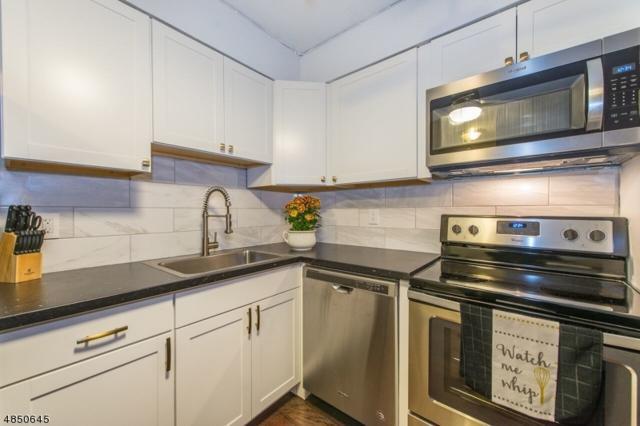 45 Hussa St Unit 2 #2, Linden City, NJ 07036 (#3514281) :: Daunno Realty Services, LLC