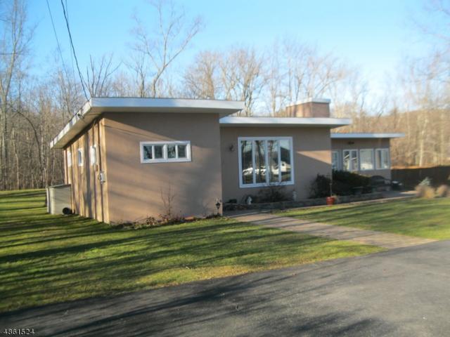 20 Hemlock Ave, Frankford Twp., NJ 07826 (MLS #3523874) :: Coldwell Banker Residential Brokerage