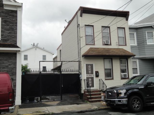 14 Goble St, Newark City, NJ 07114 (MLS #3537693) :: The Dekanski Home Selling Team