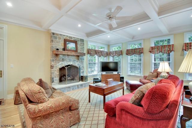 54 Morgan Ln, Bernards Twp., NJ 07920 (MLS #3538222) :: SR Real Estate Group