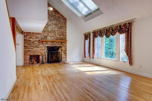 1537 Washington Valley Rd, Bridgewater Twp., NJ 08807 (MLS #3538760) :: Coldwell Banker Residential Brokerage