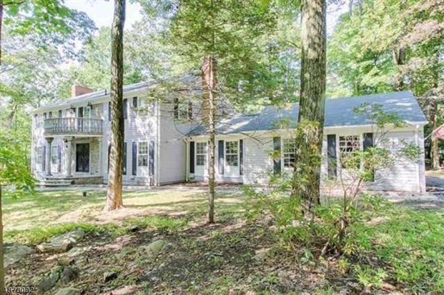 2 Black Oak Ln, Kinnelon Boro, NJ 07405 (MLS #3538833) :: The Dekanski Home Selling Team