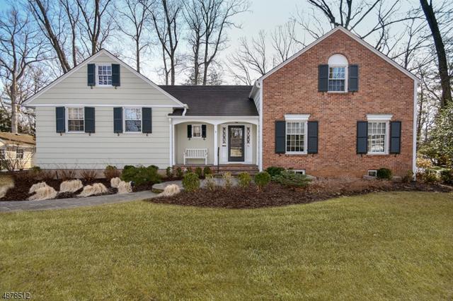 54 Silver Lake Dr, Summit City, NJ 07901 (MLS #3539243) :: The Dekanski Home Selling Team