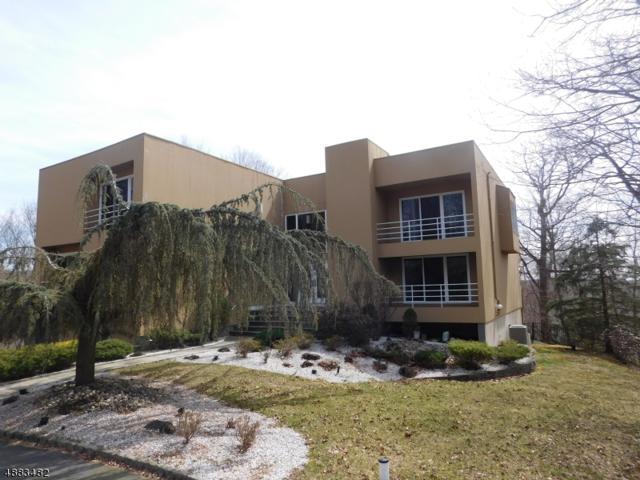 36 Fox Ledge Rd, Kinnelon Boro, NJ 07405 (MLS #3543621) :: SR Real Estate Group