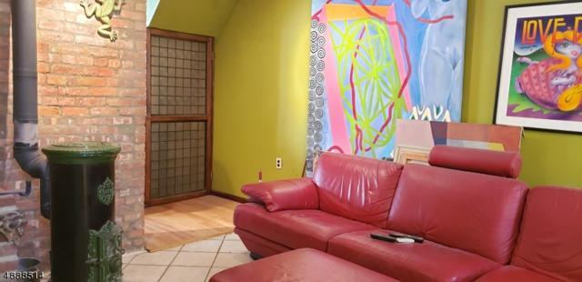 95 Vesey St, Newark City, NJ 07105 (MLS #3548236) :: SR Real Estate Group
