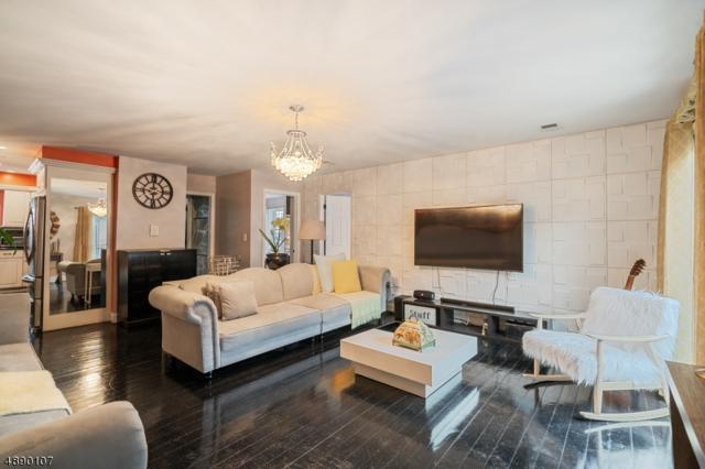 63 Rome St, Newark City, NJ 07105 (MLS #3549669) :: The Dekanski Home Selling Team