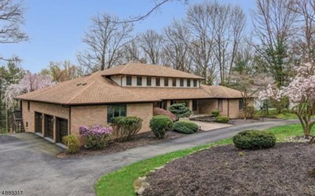 6 Oakwood Ct, Montville Twp., NJ 07082 (MLS #3549711) :: SR Real Estate Group