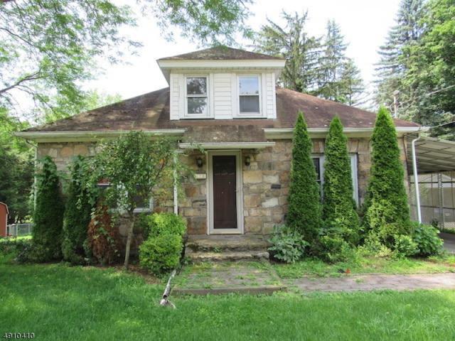 173 Main St, Hampton Boro, NJ 08827 (MLS #3570712) :: SR Real Estate Group