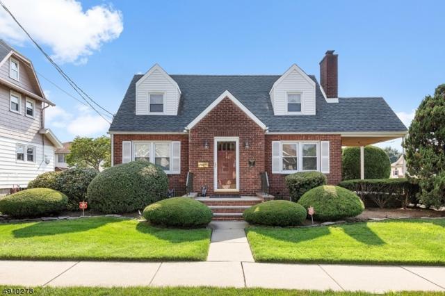 74 Rosemont Ave, Elmwood Park Boro, NJ 07407 (MLS #3571031) :: William Raveis Baer & McIntosh
