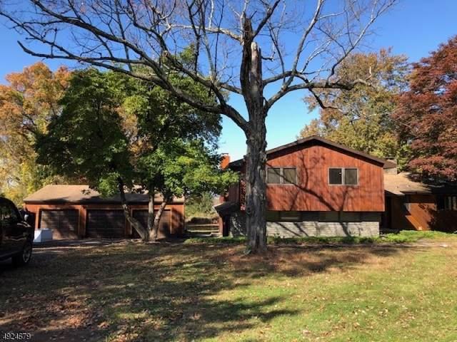 36 Fox Ridge Rd, Sparta Twp., NJ 07871 (MLS #3581935) :: The Debbie Woerner Team