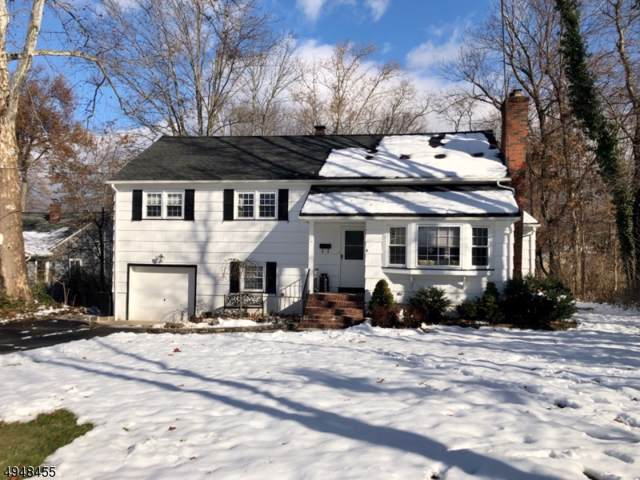11 Holiday Dr, West Caldwell Twp., NJ 07006 (MLS #3603954) :: Pina Nazario