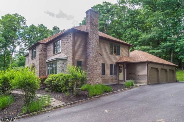 60 Lambert Dr, Sparta Twp., NJ 07871 (MLS #3612213) :: The Karen W. Peters Group at Coldwell Banker Realty