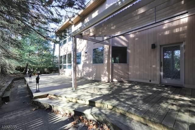 978 S Orange Ave, Millburn Twp., NJ 07078 (MLS #3614457) :: The Dekanski Home Selling Team