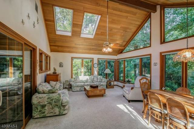 131 W Cottage Pl, Long Hill Twp., NJ 07933 (MLS #3622763) :: Mary K. Sheeran Team