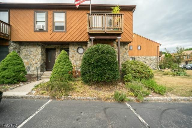 9 Brookside Hts, Wanaque Boro, NJ 07465 (MLS #3646470) :: The Karen W. Peters Group at Coldwell Banker Realty