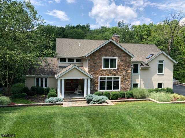 395 Fox Chase Rd, Chester Twp., NJ 07930 (MLS #3654058) :: The Karen W. Peters Group at Coldwell Banker Realty