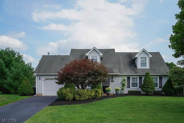 27 Londonderry Dr, Raritan Twp., NJ 08822 (MLS #3659332) :: Team Francesco/Christie's International Real Estate