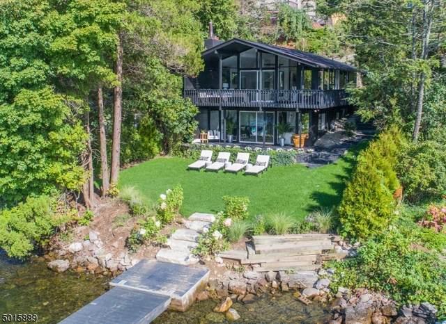 41 Edgemere Ave, Greenwood Lake, NJ 10925 (#3663941) :: NJJoe Group at Keller Williams Park Views Realty