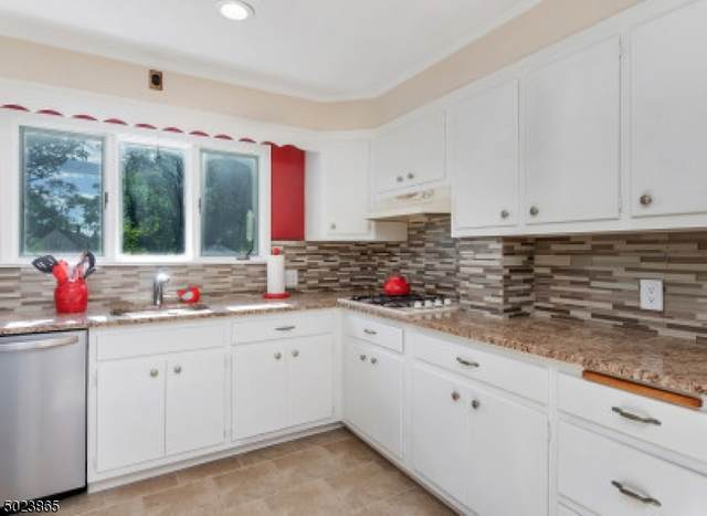 174 East Cedar St, Livingston Twp., NJ 07039 (MLS #3670941) :: Team Braconi   Christie's International Real Estate   Northern New Jersey