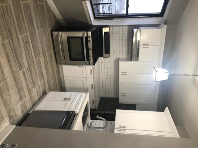 203 Harrison Ave, Jersey City, NJ 07304 (MLS #3675328) :: Kiliszek Real Estate Experts