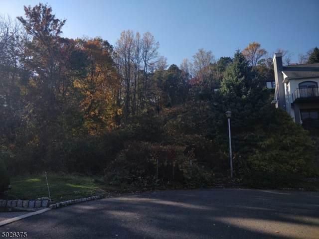 1066 Belair Ct, Mountainside Boro, NJ 07092 (MLS #3676201) :: The Dekanski Home Selling Team