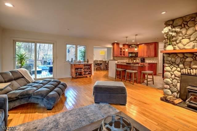 94 W Main St, Mendham Boro, NJ 07945 (MLS #3679371) :: SR Real Estate Group