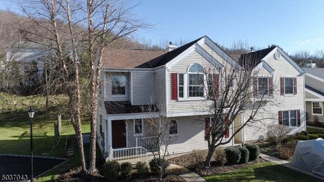 380 Finch Ln, Bedminster Twp., NJ 07921 (MLS #3682735) :: The Karen W. Peters Group at Coldwell Banker Realty