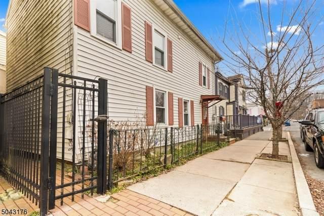 4 E Main St, Clinton Town, NJ 08809 (MLS #3688134) :: Team Francesco/Christie's International Real Estate